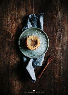 Pastel de nata (recipe) / by Margarida Melo Fernandes (photo by Marta Greber)