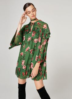 Flowing floral print dress - View all - New in - Uterqüe Denmark