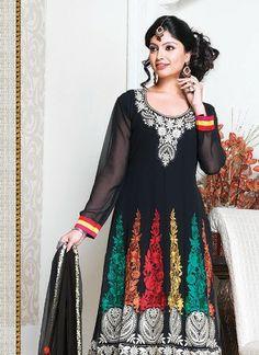 Churidar Salwar Kameez Suits Designs. #pakistanisalwarkameez, #churidarsalwar, #churidarkameez, #salwarkameez, #shalwarkameez #pakistanifashion