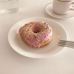 Think Food, I Love Food, Good Food, Yummy Food, Cute Desserts, Cafe Food, Aesthetic Food, Aesthetic Pics, Food Cravings