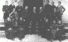 Martin Heidegger, 4. from left, 1901/02