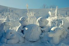 pictures of snow festival in japan | Sapporo Snow festival- It is a Small World Snow Sculpture (photo ...