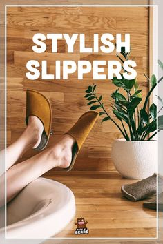 Styslih, fuzzy slippers made of wool felt. #woolfelt #feltslippers #stylishslippers #fuzzyslippers Felt Slippers, Fuzzy Slippers, Yellow Slippers, Natural Rubber Latex, Kids Backpacks, Womens Slippers, Customized Gifts, Bridesmaid Gifts, Wool Felt