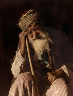 Selah – Pause and calmly think of that. We Are The World, People Around The World, Yemenite Jews, Old Man Pictures, Islamic Paintings, Jewish Men, Old Faces, Foto Real, Human Art