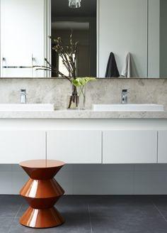 bathroom SKD Residence by Mim Design Beach House Bathroom, Budget Bathroom, Simple Bathroom, Modern Bathroom, Bathroom Ideas, Bathroom Vanities, Bathroom Renovations, Bathroom Styling, Bathroom Interior Design