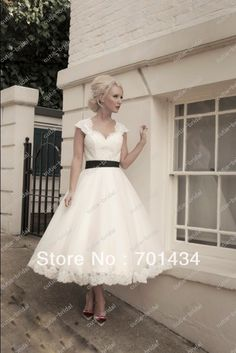 Aliexpress.com : Buy Calf length tulle and lace wedding dress with key hole back and cap sleeves from Reliable wedding dress cap sleeve supp...