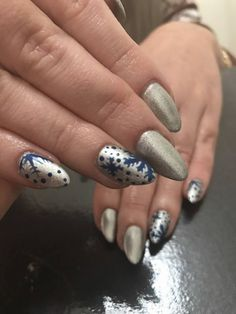 VslNails: Icy Snowflakes ⛄⛄⛄⛄⛄⛄⛄! Snowflakes, Nails, Christmas, Finger Nails, Xmas, Snow Flakes, Ongles, Navidad, Noel