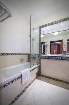 Bathroom at The Vintage House #Hotel, #Douro #Portugal