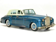 Antique Tin Toy BANDAI ROLLS ROYCE Silver Cloud Friction Car Vintage Metal Toys