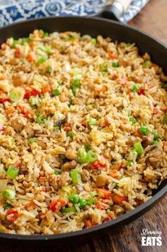 Better than takeout low syn Chicken Fried Rice - satisfy your cravings with this ready in less than 20 minutes dish! - dairy free, gluten free, Slimming World and Weight Watchers friendly Rice Recipes, New Recipes, Cooking Recipes, Healthy Recipes, Savoury Recipes, Delicious Recipes, Soup Recipes, Recipies, Dinner Recipes