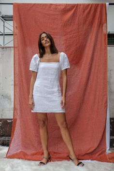 The terno is not our national dress—but it could be - NOLISOLI Grad Dresses, Casual Dresses, Short Dresses, Modern Filipiniana Gown, Filipiniana Wedding, Wedding Dress, Filipino Fashion, Philippine Fashion, Fiesta Outfit