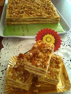 kijevi-kremes Sweet Desserts, Sweet Recipes, Cake Recipes, Dessert Recipes, Torte Cake, Cake Bars, Salty Snacks, Hungarian Recipes, Chocolate Cheesecake