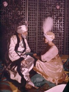1911 Denise and Paul Poiret. He is dressed as a sultan. at the 1002 night party