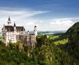 """#Bavaria este taramul sculptorilor in lemn, a femeilor imbracate in """"dirndl"""" care servesc cani uriase de bere si o excelenta destinatie de vacanta de vara."""