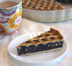 Super moist poppy seeds pie with the perfect crust. Perfect for Purim