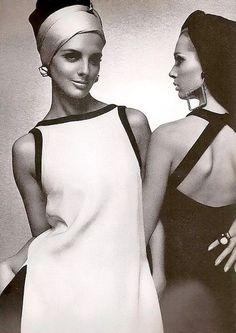 Tilly Tizzani and Isa Stoppi Harper's Bazaar, 1966