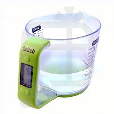 Measuring jug AND scales. Tres handy no?...