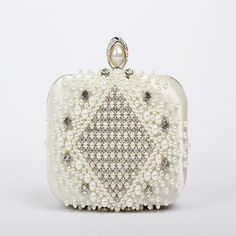 Now Available at DARREN'S  in the Handbag Menu check it out here! https://www.lesliedarren.com/collections/hand-bags/products/betsey-johnson-sugar-and-spice-cross-body-handbag