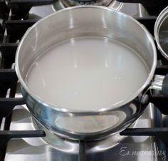 Leche asada, receta chilena | En Mi Cocina Hoy Creme Brulee, Tableware, Desserts, Babyshower, Gluten, Christ, Cake Recipes, Homemade Recipe, Milk