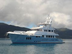 Nordhavn 86 at anchor Trawler Yacht, Explorer Yacht, Expedition Yachts, Cruiser Boat, Cool Boats, Boat Stuff, Yacht Boat, Motor Yacht, Luxury Yachts