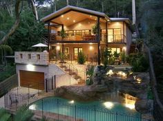 Love this house! I would never leave.