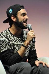 Federica Gentile per la Rai intervista Marco Mengoni al salone dell'innovazione musicale di Bari, il Medimex.