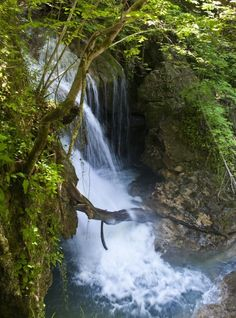 Turism Romania, Countries Of The World, Montana, Minis, Most Beautiful, Waterfall, Memories, Country, Travel