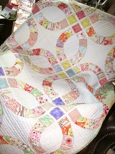 Quilt Inspiration: Double Wedding Rings part 4: Collaged quilts !