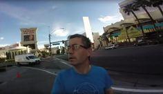 """Virales Video """"Vater hält seine Kamera den ganzen Urlaub verkehrt herum"""""""