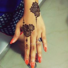 """3,267 Likes, 4 Comments - Heaven Of Mehendi Designs (@hennahouse_sk) on Instagram: """"By @aa_impressions #ramadan2017 #ramadankareem #pretty #mehendi #mehendidesign #mehendiartist…"""""""