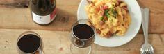 Si quieres tener la experiencia completa de la deliciosa combinación entre vino y comida, con estas cuatro recomendaciones podrás hacerlo de manera fácil No. 1 Compra un vino que vayas a disfrutar....