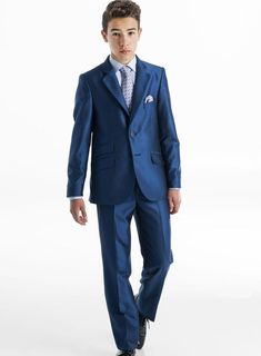 Boys Wedding Suits, Boys Suits, Suit And Tie, Beautiful Boys, Boy Fashion, Back To School, Casual, Suit Jacket, Costumes