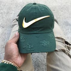 """1,330 mentions J'aime, 8 commentaires - Street Fashion Club (@streetfashionclub) sur Instagram : """"Shop @skylifeboutique for some of the dopest Caps   SkyLifeBoutique.Com   Wholesale Available"""""""