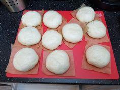 Bapao's - Kokkie Slomo - Indische recepten Steamed Buns, Steamed Food, Steam Recipes, Indonesian Food, Dumplings, Asian Recipes, Good Food, Eggs, Bread