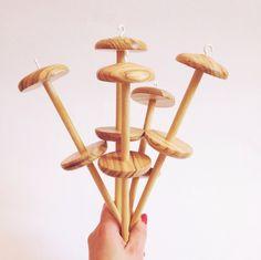 Filarino per filare la carta - fatto a mano con legno di ulivo e faggio di Cartalana su Etsy