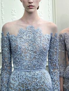 Gown by Elie Saab. You know, I just have to say, I really, really love this man's work! His dresses are just soooooo unbelievably beautiful!! <3 <3 <3
