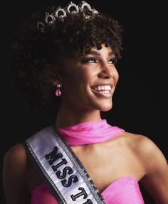 """Congrats to Kaliegh Garris on being crowned Miss Teen USA 2019 💕"" Miss Nebraska, Miss Connecticut, Miss Nevada, Teen Pageant, Miss Teen Usa, Online Beauty Store, Carolina Usa, Celebrity Photography, All Black Looks"