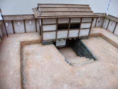 I'll show you another little commission that was done awhile ago. It's a wajo, which was generally a small fort in Korea made by the invad. Japanese Castle, Japanese House, Castle Layout, Samurai, Temporary Structures, Asian Architecture, Miniature Crafts, White Paneling, Fortification