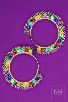 Beaded Earrings A carnaval of colorful Miyuki beads tied to a Sterling silver earring to add that to Beaded Earrings Patterns, Bracelet Patterns, Beaded Jewelry, Beaded Bracelets, Brick Stitch Earrings, Seed Bead Earrings, Seed Beads, Handcrafted Jewelry, Boucle D'oreille