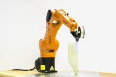 A team of architects and engineers at the Politecnico di Milano in Italy have unveiled Atropos, a six-axis robotic arm capable of printing continuous...