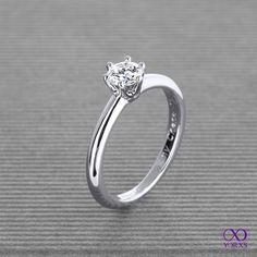 """""""Fraguma"""" with a 0.37 ct brilliant in white gold. #weißgold #brillant #diamant #diamantring #solitärring #verlobung #verlobungsring #hochzeit #trauung #yorxs"""