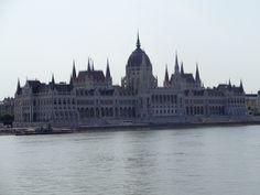 Здание венгерского парламента, Венгрия