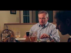 Mira cómo reacciona este padre cuando sus hijos no dejan de utilizar el móvil en la mesa - http://dominiomundial.com/mira-como-reacciona-este-padre-cuando-sus-hijos-no-dejan-de-utilizar-el-movil-en-la-mesa/