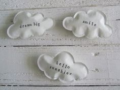 DYN paper clouds magnets ♥
