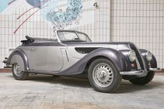At Classic Driver, we offer a worldwide selection of BMW 327 Cabriolets for sale. Use the filters to narrow down your selection based on price, year and mileage – to help find your dream BMW 327 Cabriolet. Bugatti, Lamborghini, Ferrari, Vintage Cars, Antique Cars, Bmw For Sale, Porsche, Mercedes Benz Unimog, Best Suv