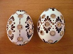 klikni pro další 55/86 Easter Egg Crafts, Easter Eggs, Carved Eggs, Egg Tree, Easter Cross, Egg Designs, Egg Decorating, Egg Shells, Design Crafts