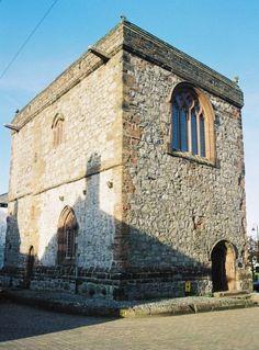 Dalton Castle ►► http://www.castlesworldwide.net/castles-of-england/cumbria/dalton-castle.html?i=p