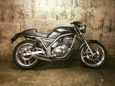 Yamaha Bikes, Café Racers, Royal Enfield, Motorcycle Bike, Cars And Motorcycles, 3d Printing, Lovers, Vehicles, Projects