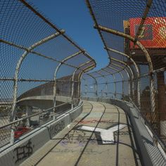 Footbridge over the 10 Fwy in East Los Angeles