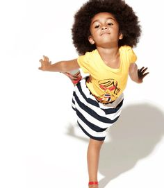 What a cutie pie! Big ups to Gap Kids for celebrating the natural beauty of children. Natural Hair Babies, Natural Hairstyles For Kids, Natural Hair Styles, Natural Kids, Natural Beauty, Little Kid Fashion, Kids Fashion, Gap Fashion, Beautiful Children